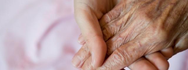 hands pink